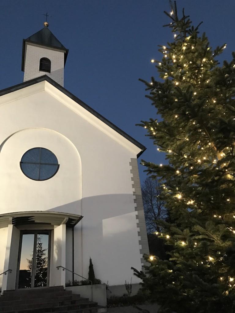 tannenbaum-und-kirche